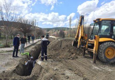 Yol yapımı öncesi alt yapı çalışmaları tamamlanıyor